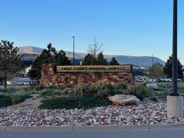 Closest Airport to Vail