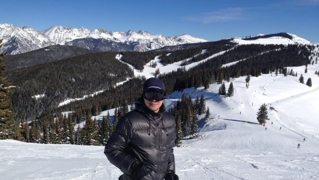 Safety Protocols for 2021/2022. What to Expect this Winter in Vail, Colorado? For the upcoming ski season, Vail Resorts will do away with some of last year's Covid-related restrictions while adding new vaccination requirements. Here is all you need to know to plan your 2021/2022 winter mountain gateway.